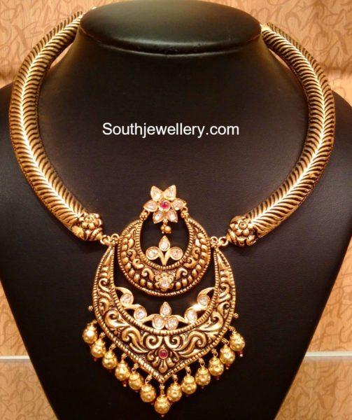 kanthi_necklace_chandbali_pendant