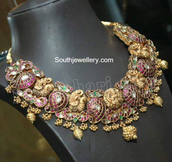 royal_peacock_mango_necklace