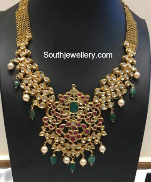 antique_gold_kundan_necklace