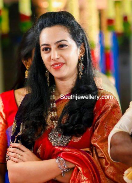 balakrishna_daughter_ tejaswini_pearls_mala