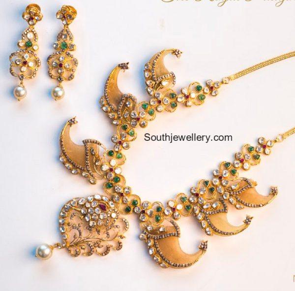 puligoru_necklace_earrings_set