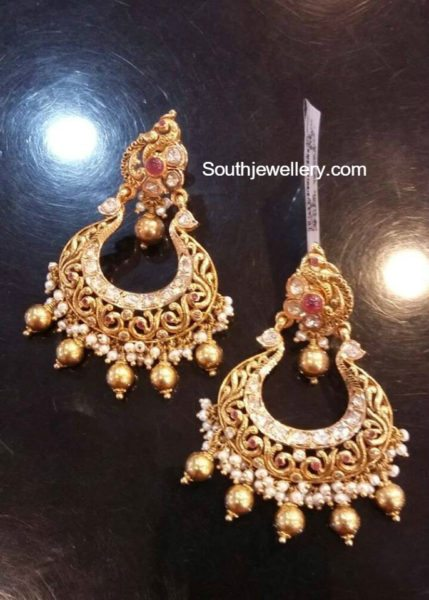 antique-gold-chandbalis