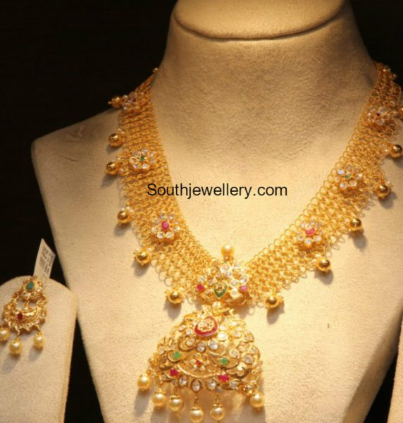 bhumika_antique_gold_pacchi_necklace