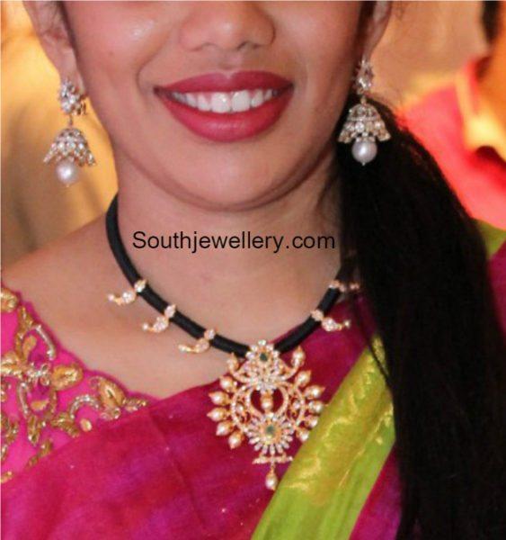 black-thread-necklace-with-diamond-pendant