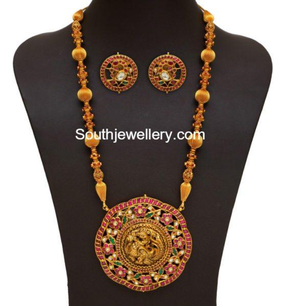 gold_long_chain_peacock_kundan_pendant