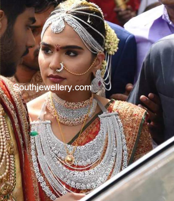 gali janardhan reddy daughter brahmanis wedding jewellery