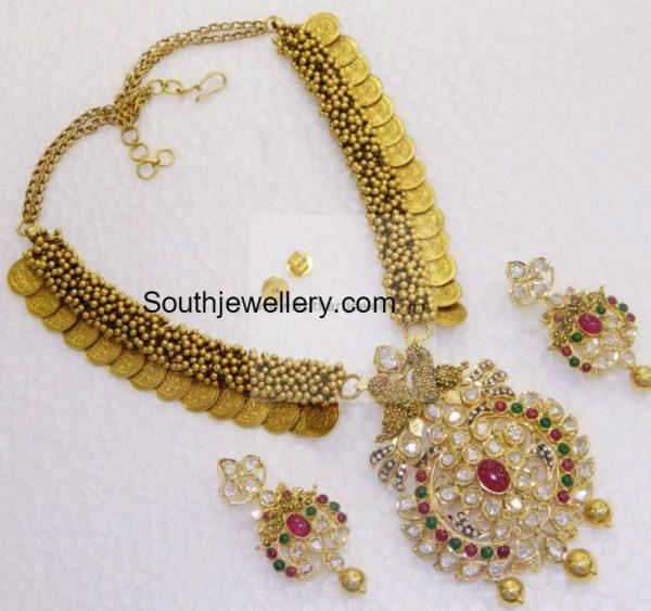 kasu-necklace-pacchi-pendant