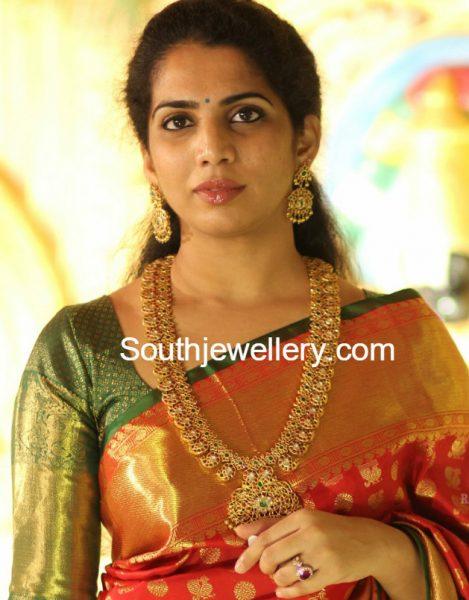 Kundan Mango Mala and Earrings Set