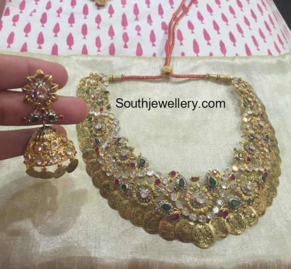 Pacchi Kasu Necklace and Jhumkas