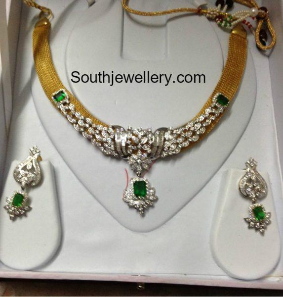 simple-diamond-necklace