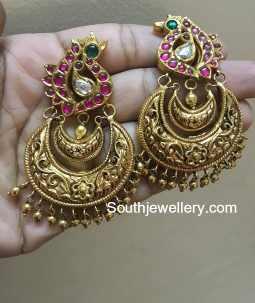 antique-gold-peacock-chandbalis