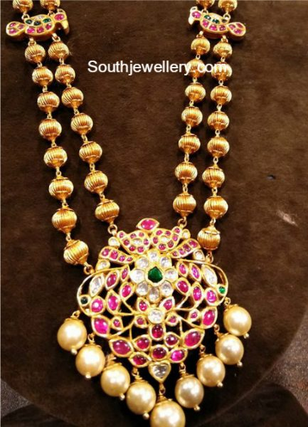 Gundla Mala With Kundan Pendant Jewellery Designs