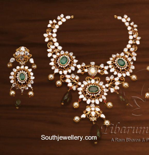 Flat Diamond Necklace Set