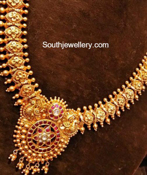 antioque-gold-necklace