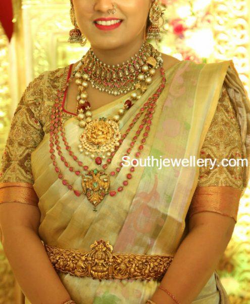 antique-gold-jewellery