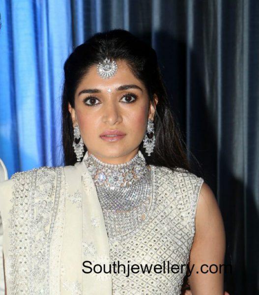 dia-bhupal-diamond-jewellery