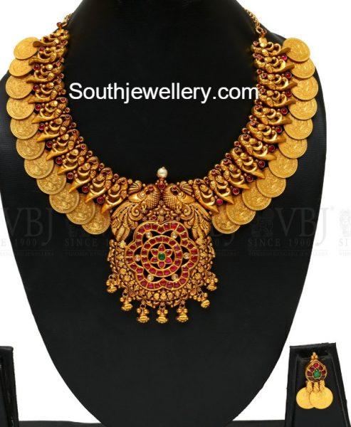 peacock-kasu-necklace-designs