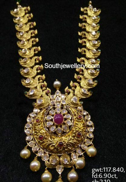 Antique Gold Haram with Nakshi Pendant