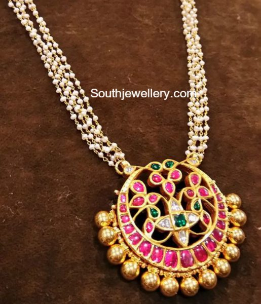 Pearls Chain with Kundan Pendant