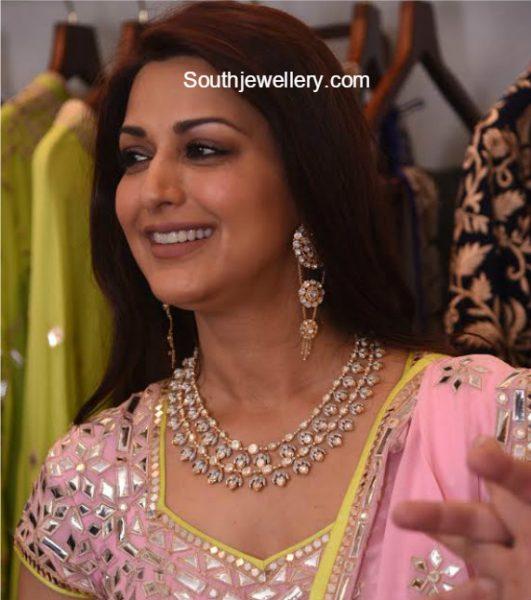 Sonali Bendre in a Polki Diamond Necklace Set