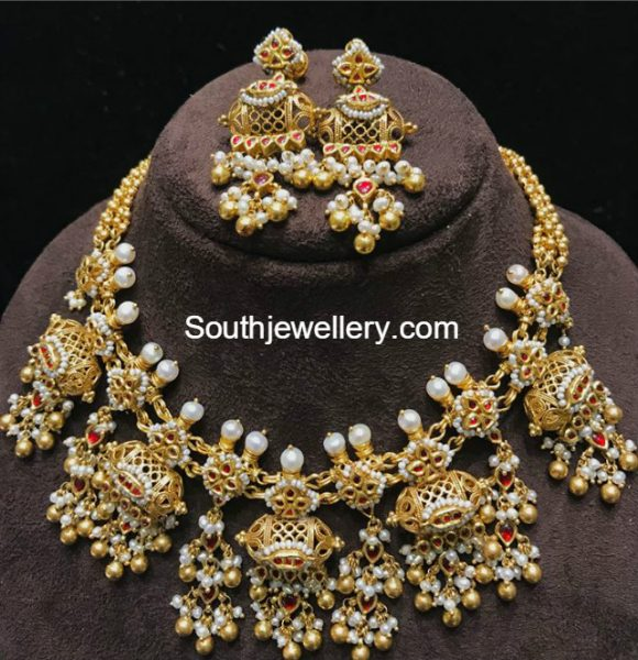 antique-gold-pearl-necklace