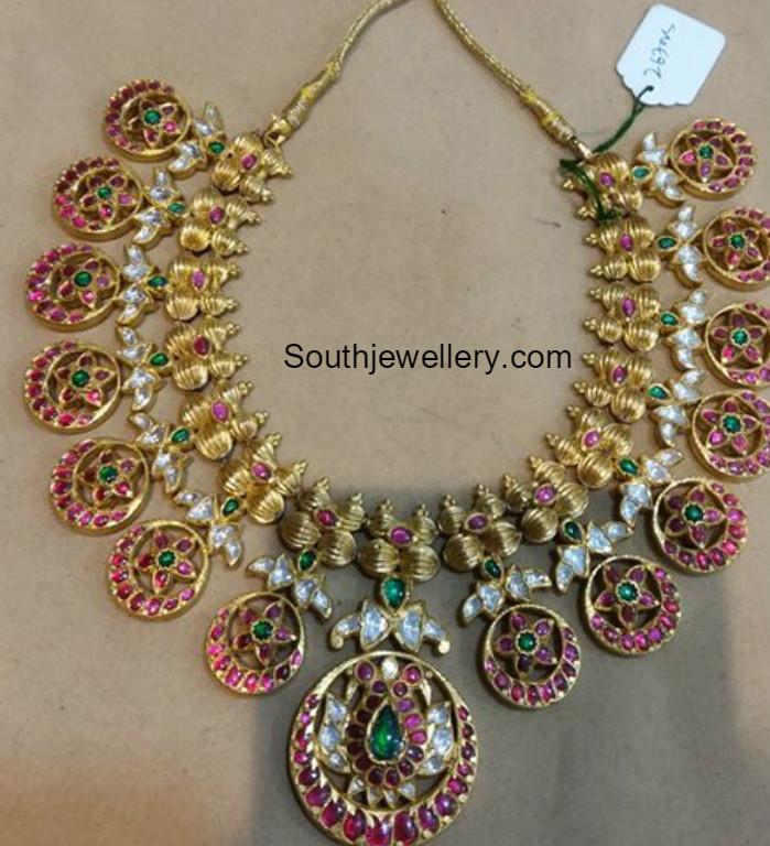 Kundan Bottu Mala Jewellery Designs