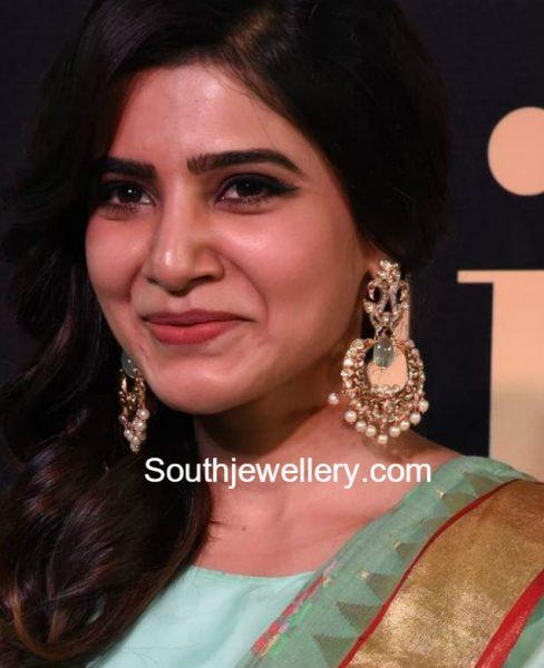 Samantha Prabhu in Peacock Chandbalis