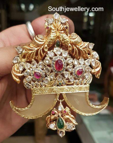 puligoru-pacchi-pendant