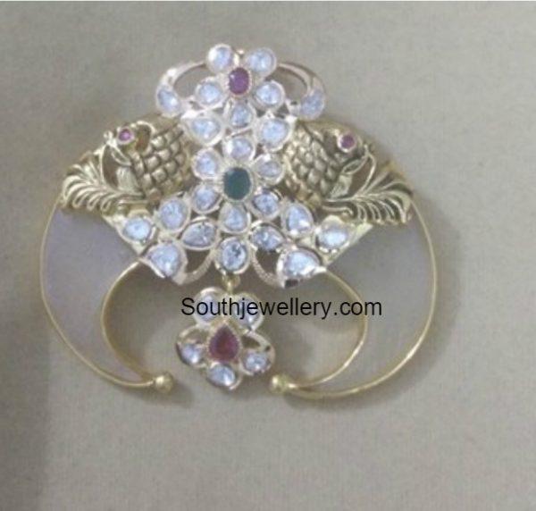 Uncut Diamond Puligoru Pendants