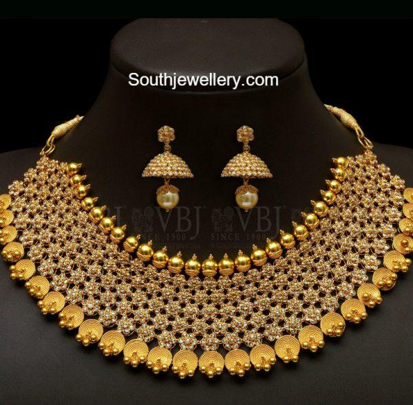 uncut-diamond-floral-necklace