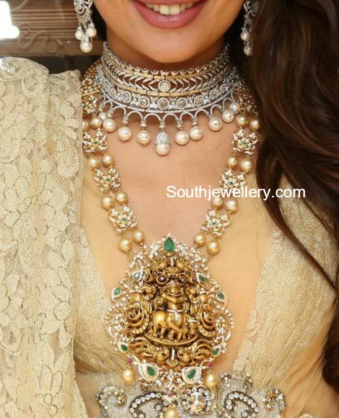 South Sea Pearls Mala With Lord Krishna Nakshi Pendant
