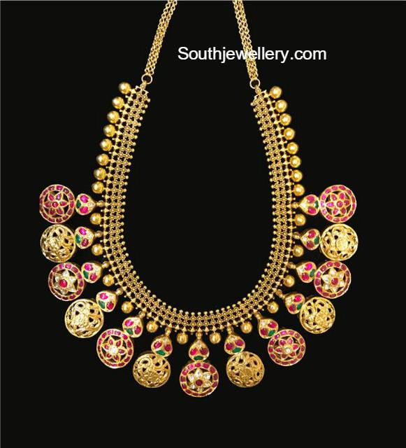 antique gold necklace with kundan bottu lockets