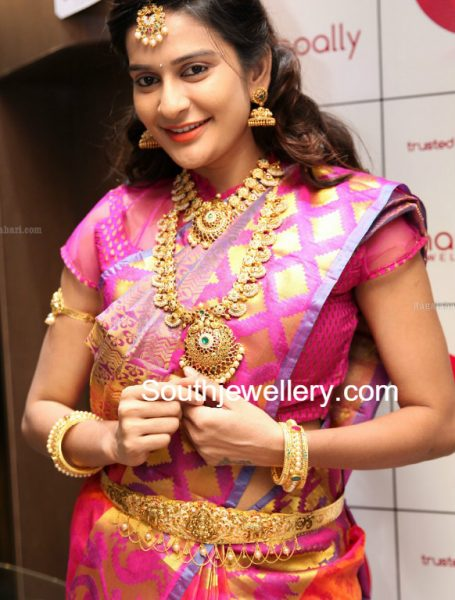Jenny Honey in Manepally Gold Jewellery