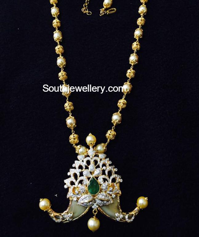 South Sea Pearls Mala with Puligoru Pendant Jewellery Designs