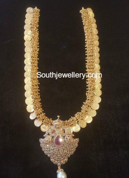 kasu-haram-detachable-pendant