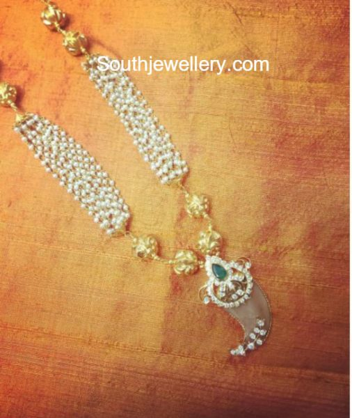 Pearls Mala with Diamond Puligoru Pendant