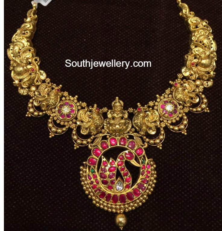 Antique Peacock Nakshi Haram - Jewellery Designs