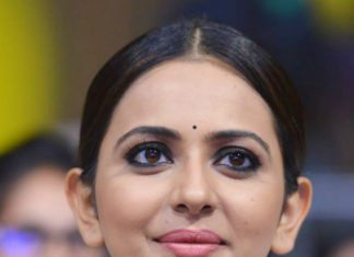 rakul preet singh diamond necklace jaya janaki naayaka audio launch