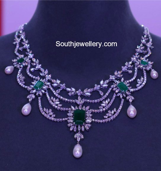 4e89c5529 Latest Diamond Necklace Collection by Tanishq - Jewellery Designs