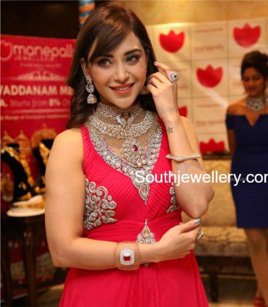 Wedding Diamond Jewellery Set by Manepally