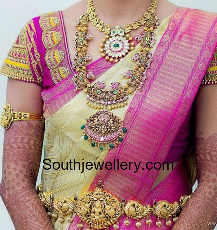 Bride In Antique Gold Jewellery
