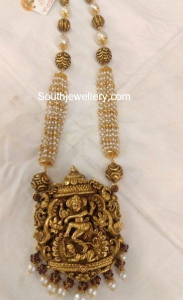 Pearls Mala with Temple Pendant