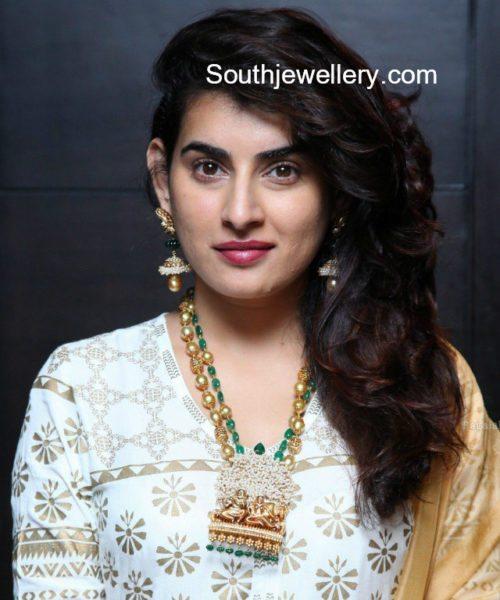 bigg boss archana diamond jewellery diva jewels