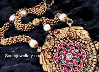 muvvala haram with pendant