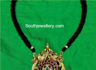 black thread necklace kundan pendant