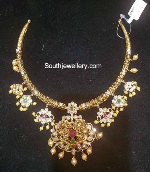 Antique Gold Kanthi Necklace Designs