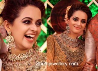 actress bhavana wedding reception necklace