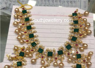pacchalu necklace