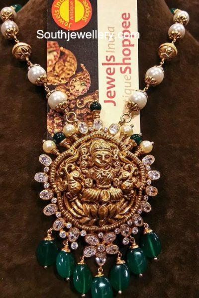 pearl mala lakshmi pendant