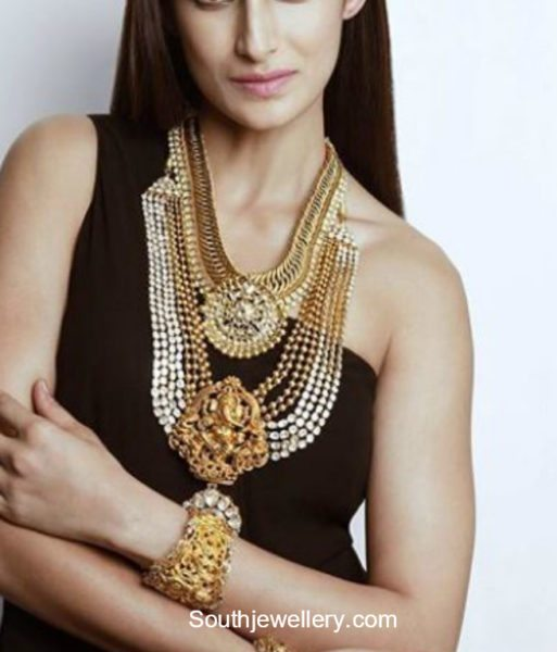 Shilpa Reddy in Temple Jewellery
